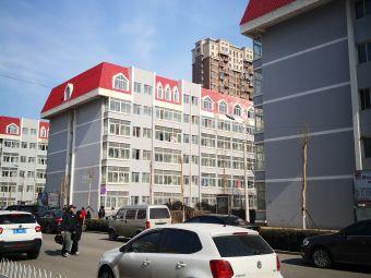 辽宁古生物博物馆停车场