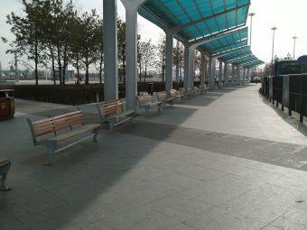 大庆西站-停车场
