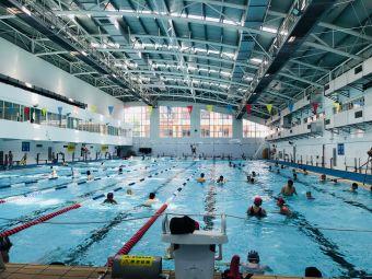 七寶中學室內游泳館