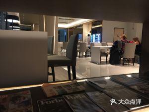 素万那普机场miracle休息室