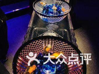 锦鳞·溢彩《凌空金鱼艺术展》—ART AQUARIUM中国首展(环球金融中心)