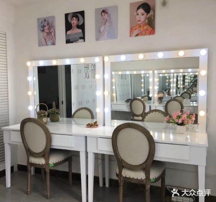 粉妆make up化妆造型工作室图片 - 第18张