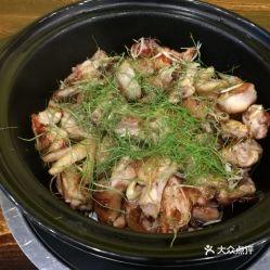 水鱼鸡就有两种做法,1系焖嘅 2系药膳做汤底打边炉,因为第一煲系煎焗