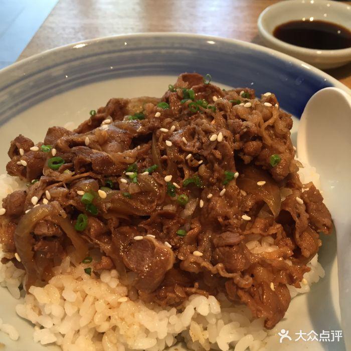 初居食屋(暗色乐堤港店)牛肉黄豆饭洋葱图片远洋大不凸刺痒图片