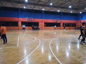 日月星城篮球馆