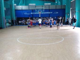 东方启明星篮球馆