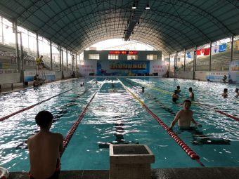广西体育场第一游泳池