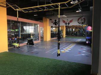 美林国际健身俱乐部