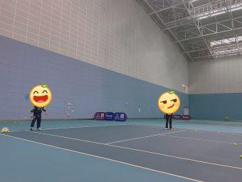 奥体网球馆