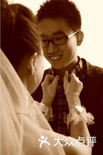 麦田婚纱摄影工作室