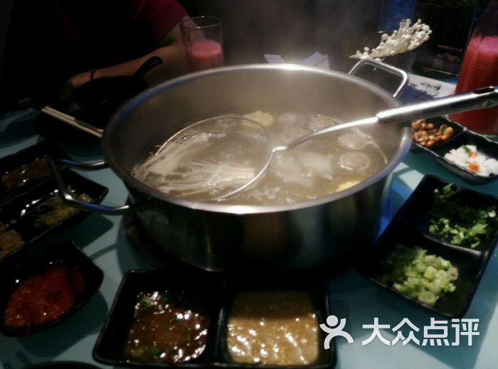 牛图腾牛肉火锅&小龙虾图片 - 第1张