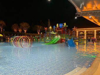 彝海游园游泳馆