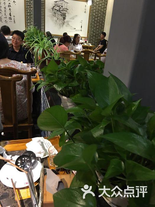 巴实南宁老美食(图片路龙盛火锅店)-广场-上海重庆都市白切狗图片