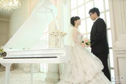 玛莎LiLi婚纱的图片