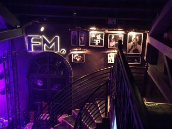 FM音乐餐酒吧