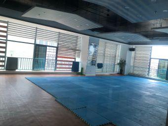 爱琴海游泳健身管家