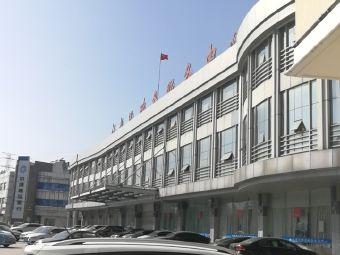 江都区政务服务中心停车场