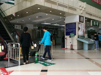 黑龙江省医院南岗院区-停车场