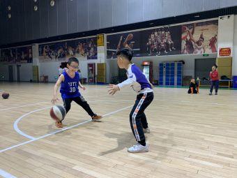 东方启明星儿童篮球培训(梅湖校区)
