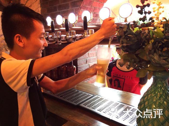 青岛啤酒原浆小站-图片-杭州美食-大众点评网
