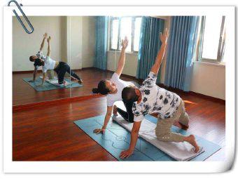 静缘孕产瑜伽
