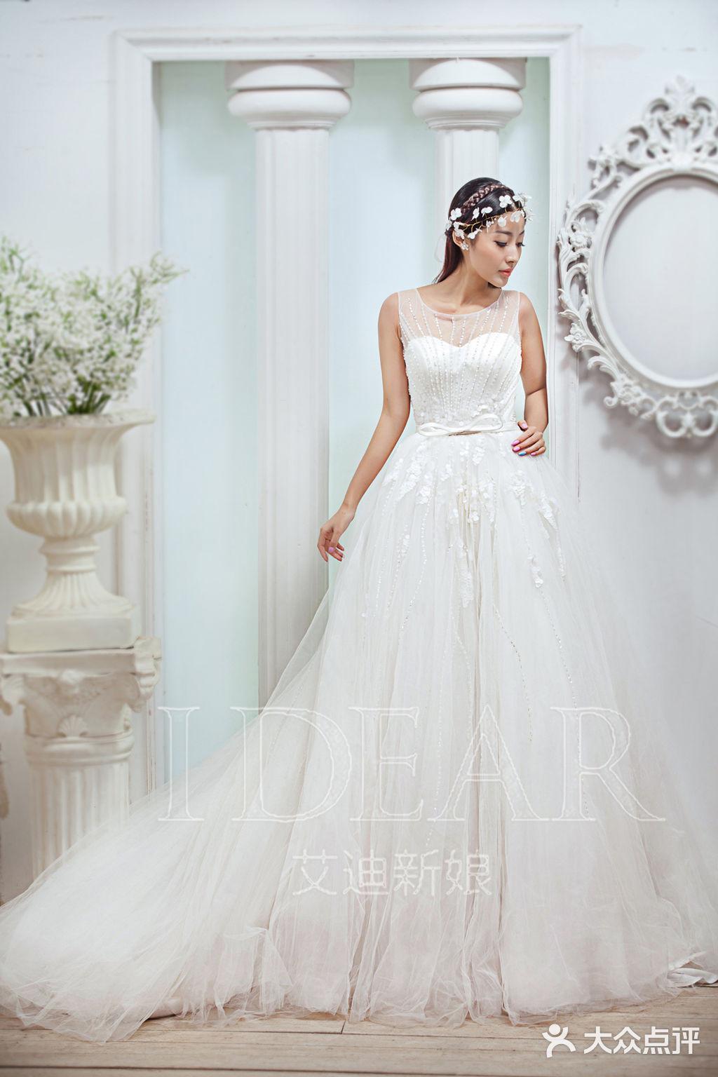艾迪新娘婚纱·新郎西服定制