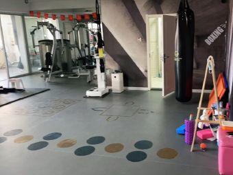 奇遇健身工作室