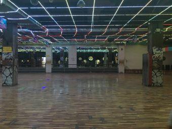 516音乐溜冰广场(泰州店)