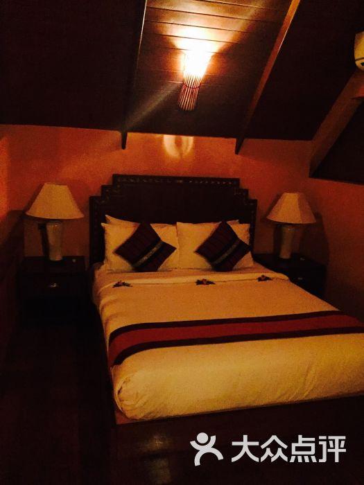 酒店豪华别墅酒店-图片-苏梅岛连体-大众点评网檀香花园别墅图片