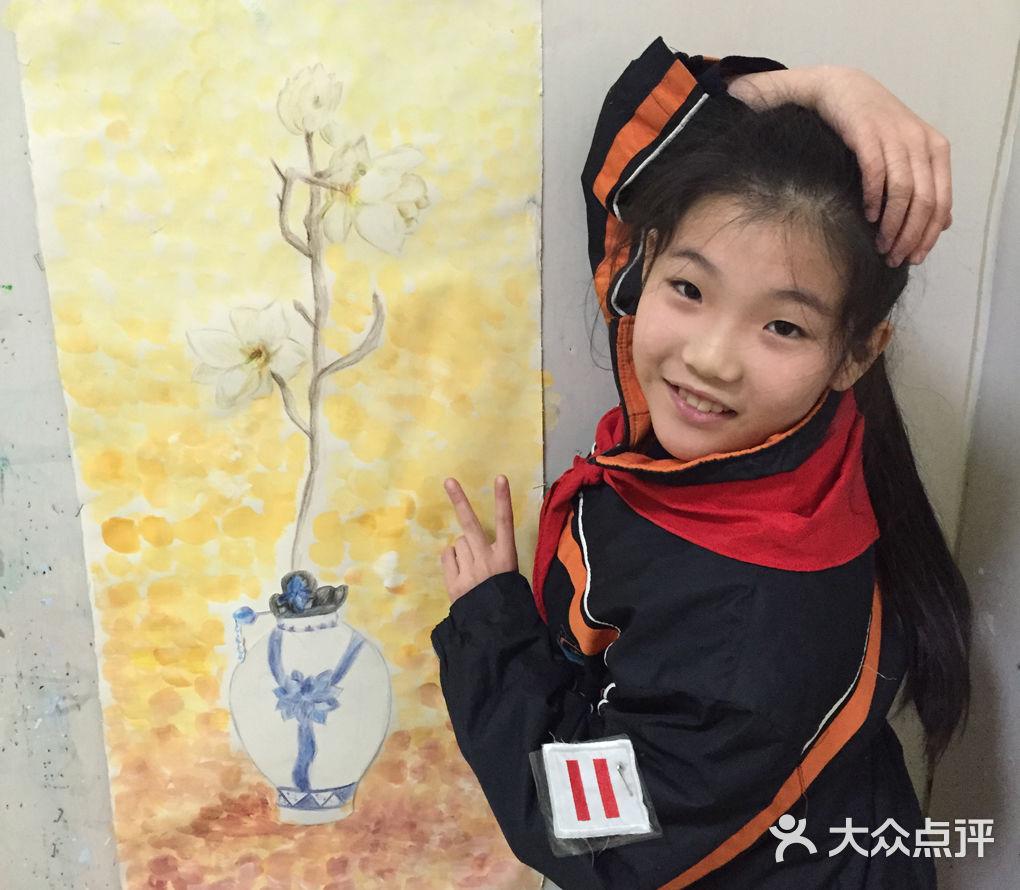 写生提高班-七彩星空儿童美术创意园-上海