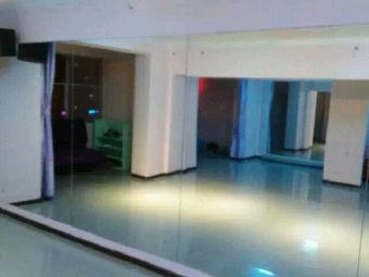 威海seven街舞工作室