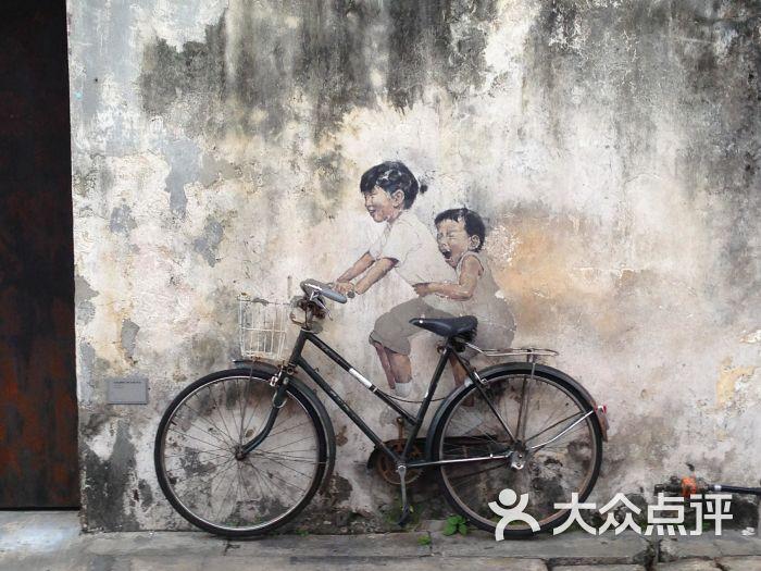 自行车涂鸦壁画图片 - 第1张