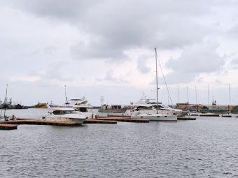 秦皇岛帆船游艇港