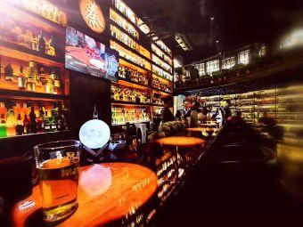 秦cocktail&whisky bar