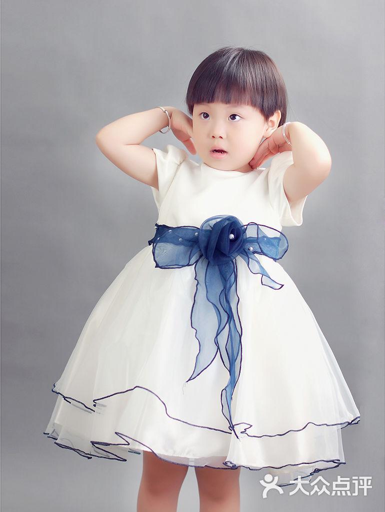 星光大道 亲子摄影 儿童摄影 雅贝最美证件照  相册 (本):2 相册包含