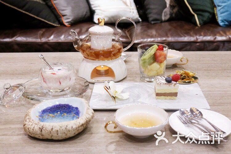 meeting燕窝咖啡下午茶绿植花餐厅甜品拼盘图片 - 第3张