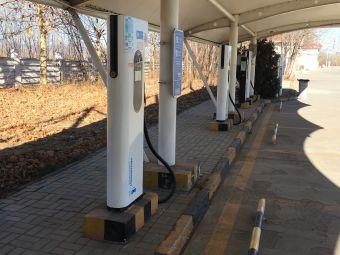 国家电网充电站(燕山东大街圣光万豪酒店)