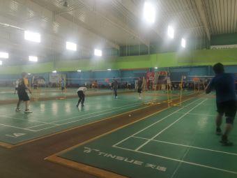 龙溪羽毛球馆