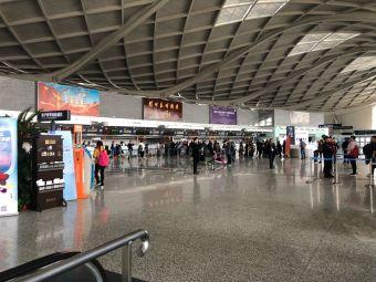 扬州泰州国际机场停车场