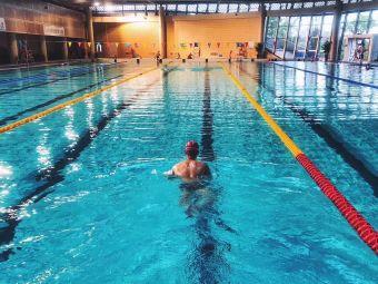 江门体育中心游泳馆