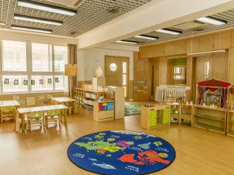 赫威斯格林美语幼儿园