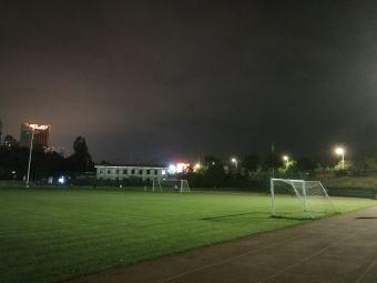 农大足球场
