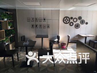 南京宝润汽车维修服务有限公司
