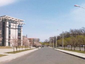 吉林医药学院图书馆