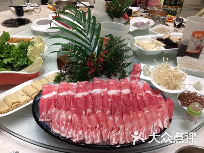 悦兰亭海鲜火锅(延吉路店)-三羊开泰图片-青岛美食