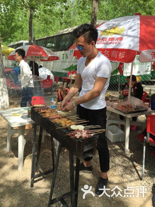 蟹岛老马场露天烧烤-图片-北京美食-大众点评网