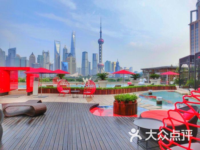 上海外滩w酒店露台图片 - 第1张=>鼠标右键点击图片另存为