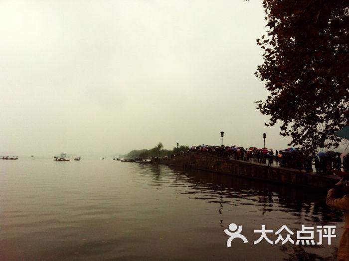 断桥残雪 杭州景点