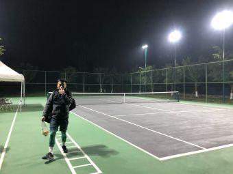 奇乐网球俱乐部