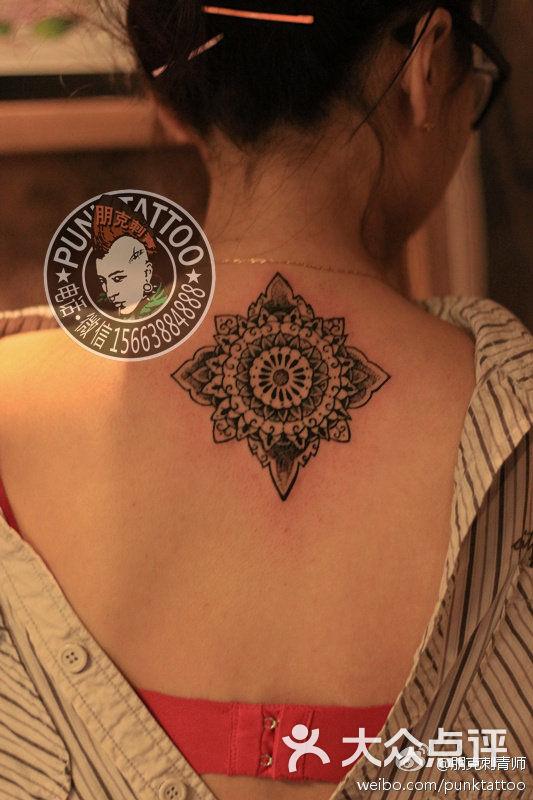 哈尔滨纹身|脖子图腾纹身